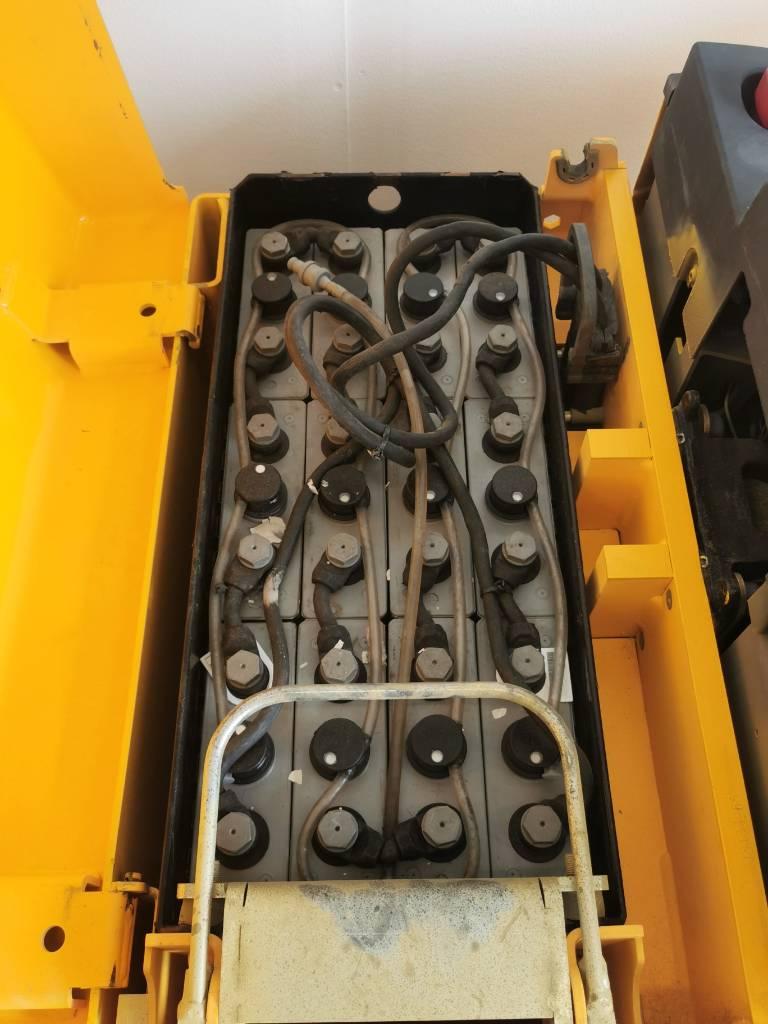 Jungheinrich ERE 225 KL.P (Vuokralla), Lavansiirtotrukit ajotasolla, Materiaalinkäsittely