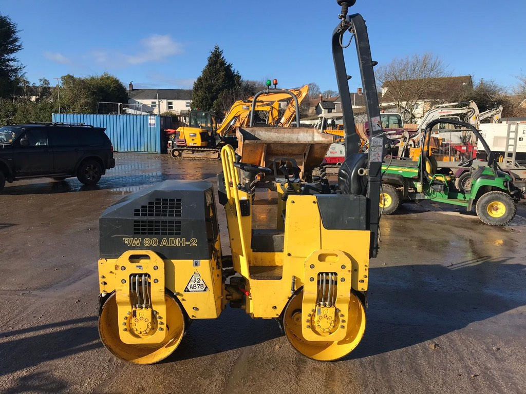 Bomag BW 80 AD, Twin drum rollers, Construction