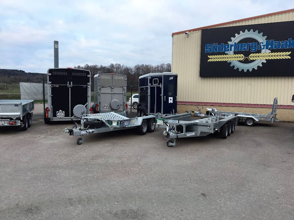 Ifor Williams Trailers, Biltransportsläp, Transportfordon