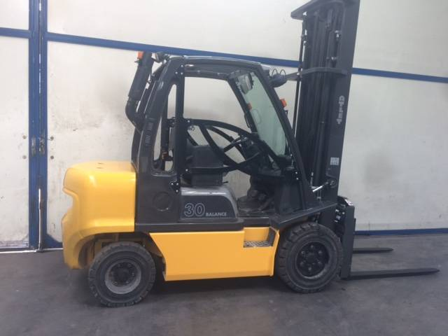 Atlet DX30, Diesel trucks, Material Handling