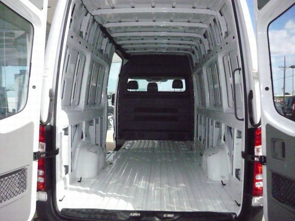 Used mercedes benz sprinter 315 cdi lwb high roof panel for Barrier mercedes benz