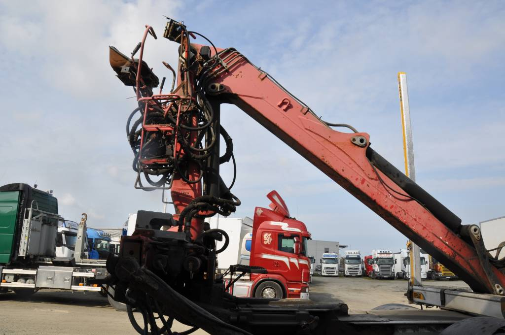 Loglift / Jonsered F105 S79R, Griplastare och kranar, Skogsmaskiner