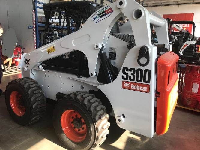 Bobcat S300HFJ, Skid Steer Loaders, Construction Equipment