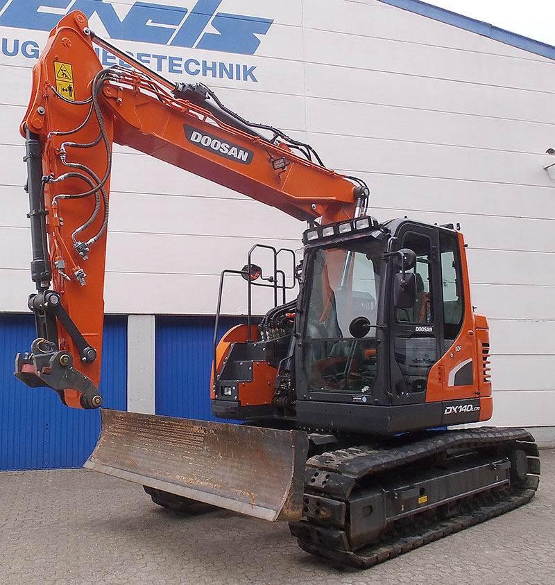 Doosan DX 140 LCR-5, Crawler Excavators, Construction Equipment