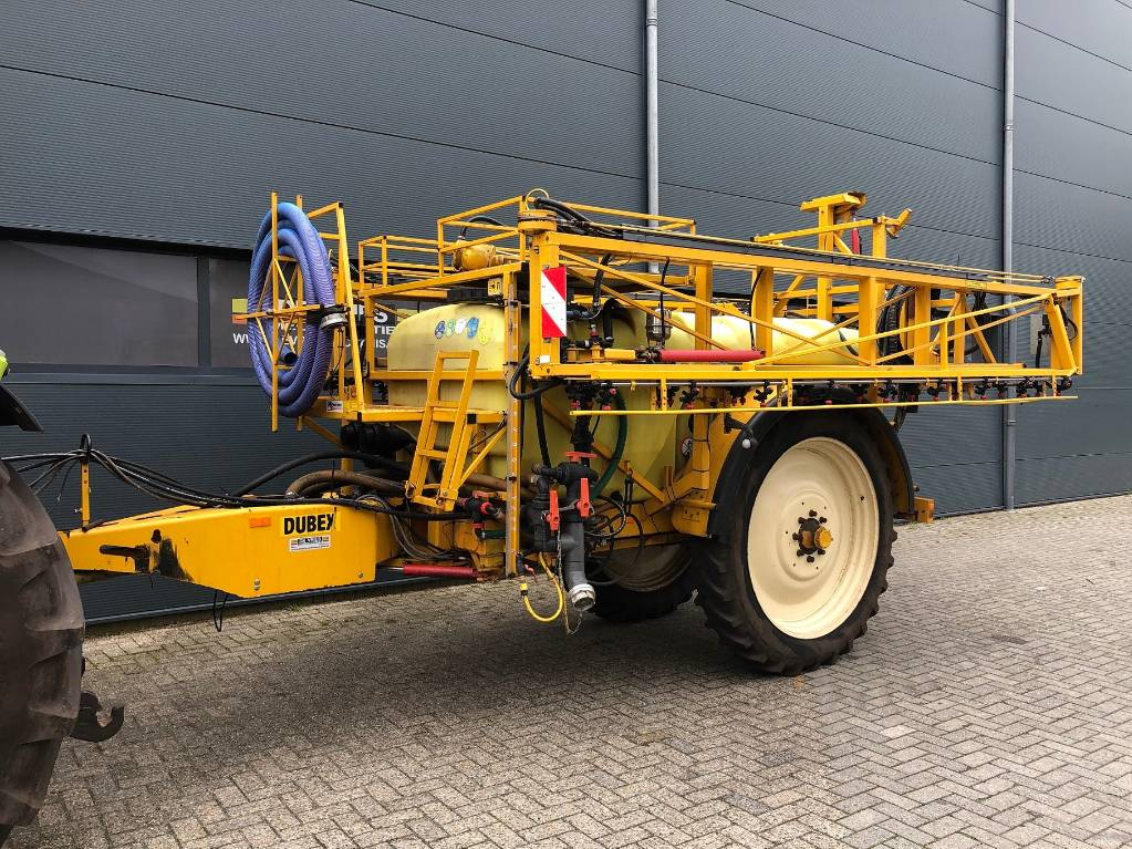 Dubex Vector, Getrokken spuitmachines, Landbouw