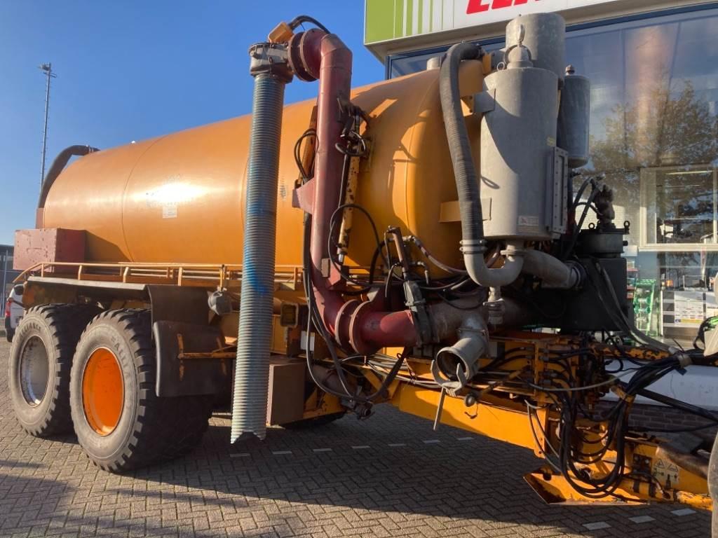 Veenhuis VTW 24 en VSO 2445 Silagebak, Slurry Tankers, Agriculture