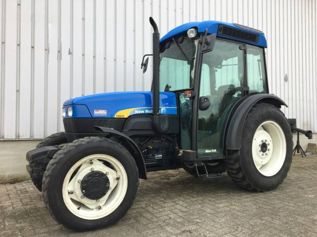 New Holland TNF 85 super steer, Tractoren, Landbouw