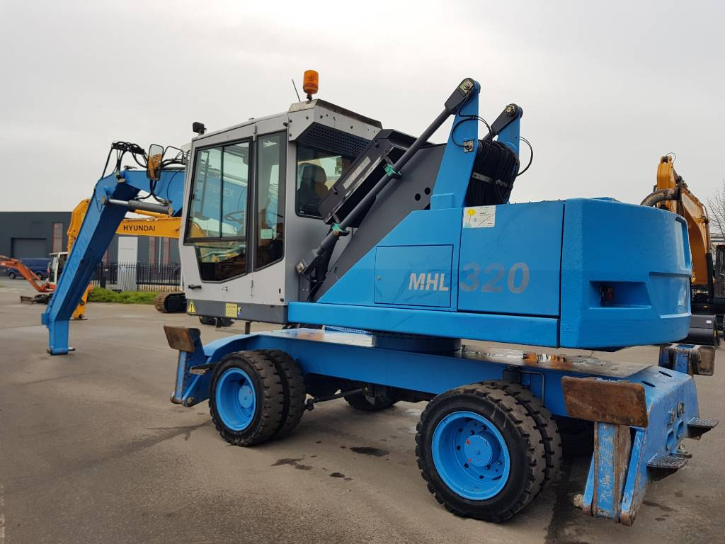 Fuchs MHL 320 C, Waste / Industry Handlers, Construction Equipment