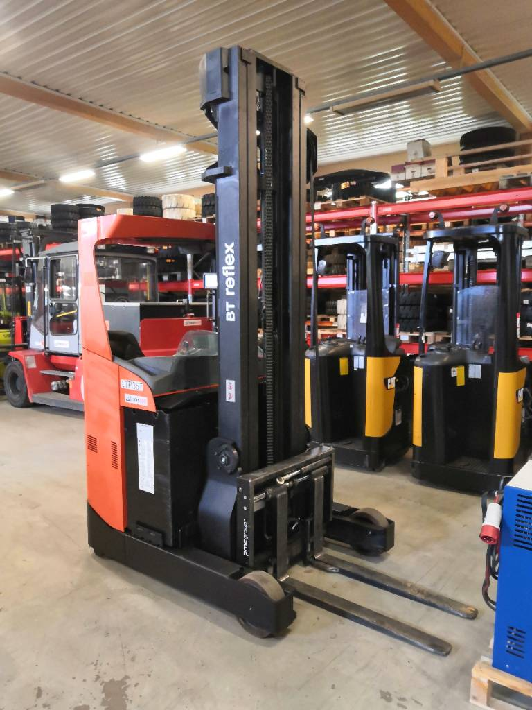 BT RR E 160, Työntömastotrukit, Materiaalinkäsittely