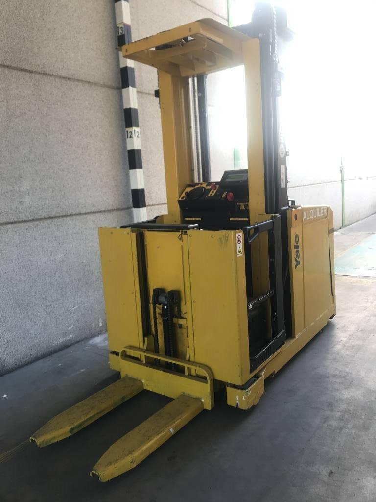 Yale MO10S, High lift order picker, Material Handling