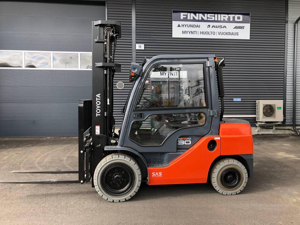 Toyota 02-8 FD F 30, Dieseltrukit, Materiaalinkäsittely