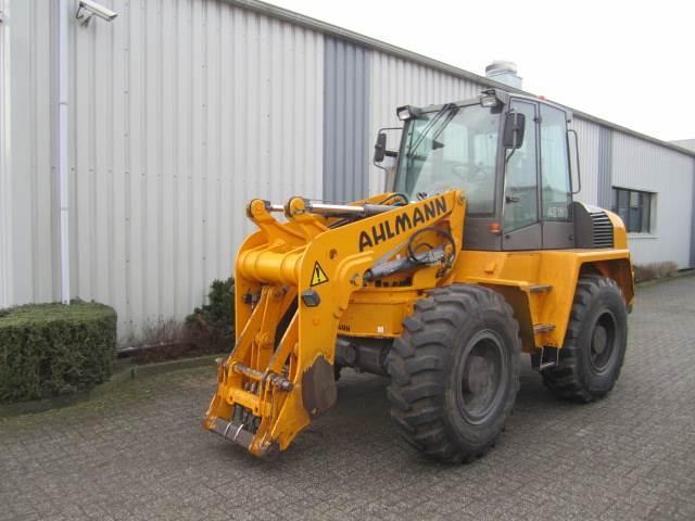 Ahlmann Zwenklader AZ 150, Wielladers, Bouw