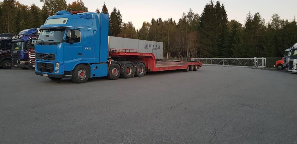 Siimet FinnKuko, Puoliperävaunulavetit, Kuljetuskalusto