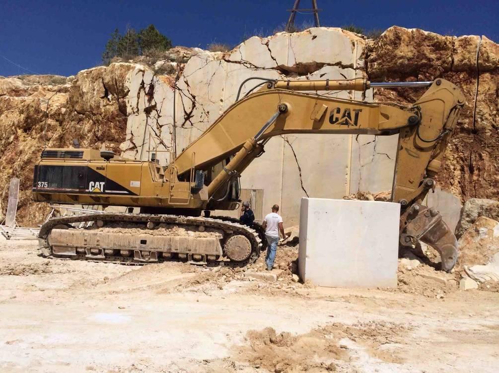Caterpillar 375, Crawler Excavators, Construction Equipment