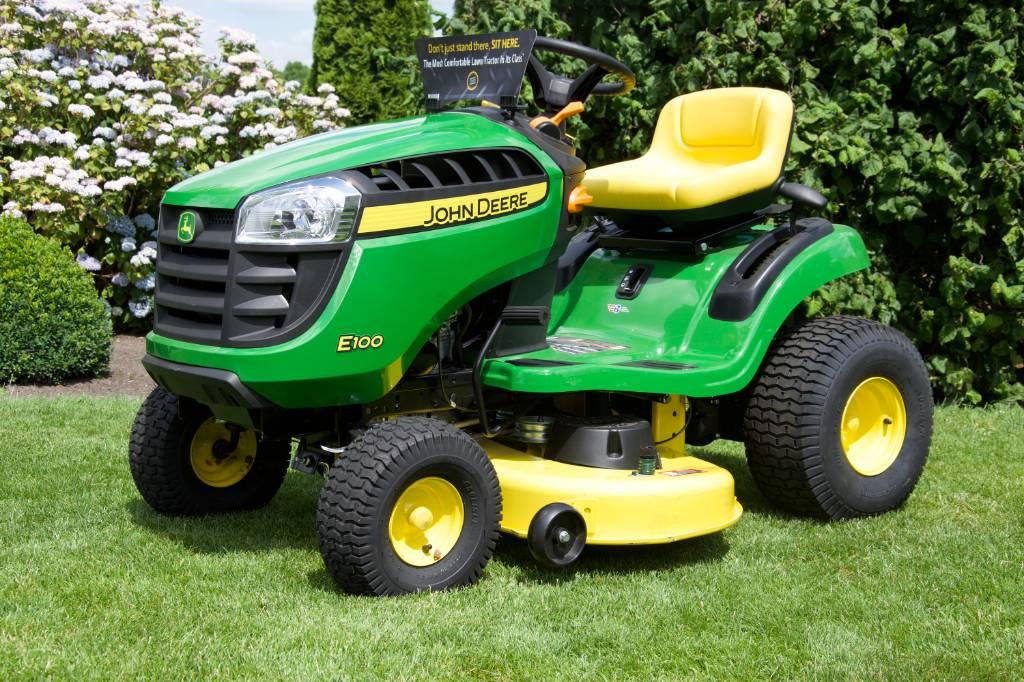 John Deere E 100, Riding mowers, Groundcare