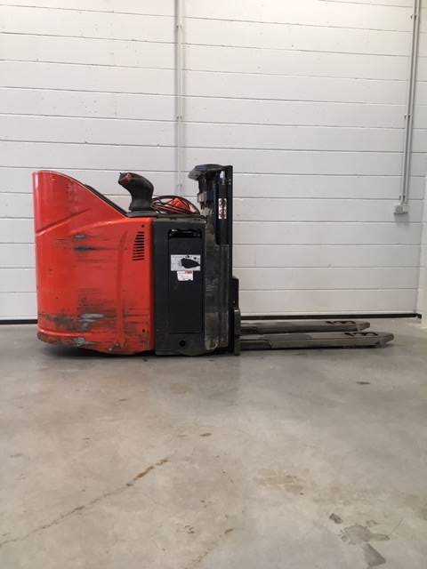 Linde D12HPSP/133, Self propelled stackers, Material Handling