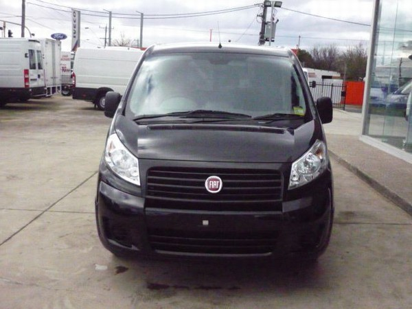 fiat scudo occasion prix 22 377 ann e d 39 immatriculation 2010 utilitaire fiat scudo. Black Bedroom Furniture Sets. Home Design Ideas