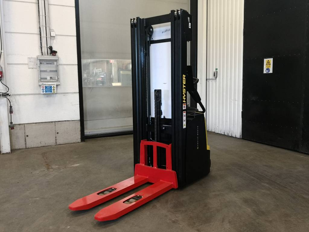 Hyster S1.4S IL, Pedestrian stacker, Material Handling