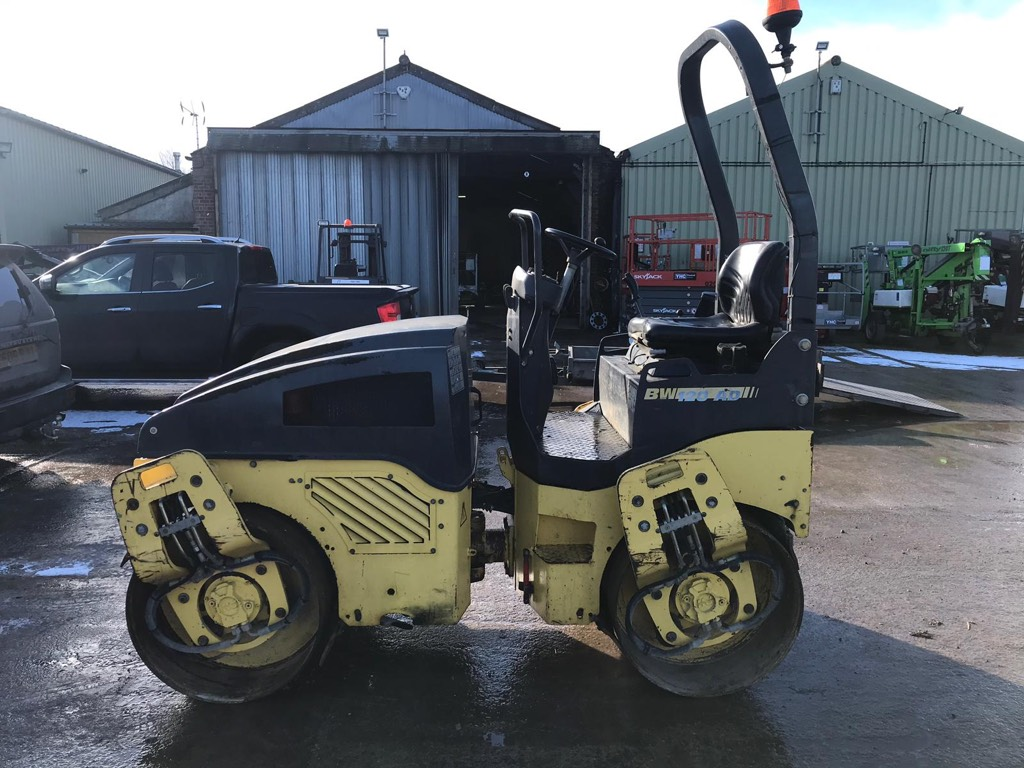 Bomag BW 120 AD-4, Twin drum rollers, Construction