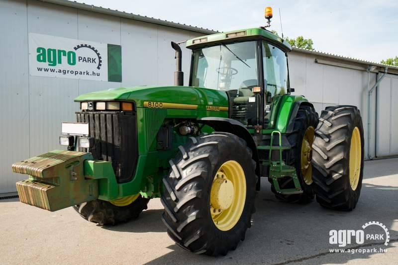 John Deere 8100 (19782 hours), Engine has about 6700 hours