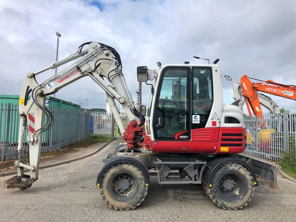 Takeuchi TB295W, Wheeled excavators, Construction