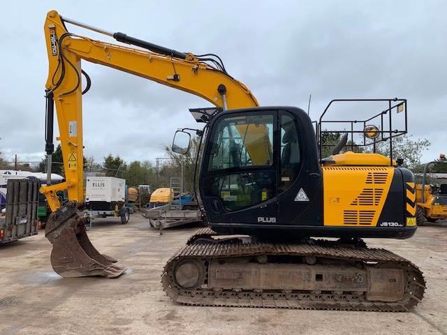 JCB JS 130 LC, Crawler excavators, Construction