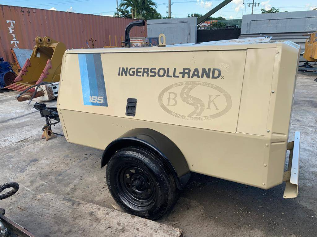 Ingersoll Rand 185 CFM, Compressors, Construction Equipment