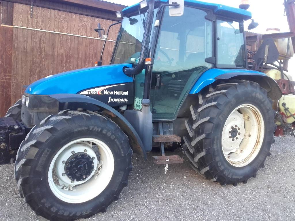 Used New Holland New Holland TL90 tractors Year: 2004 Price: $22,568 for sale - Mascus USA