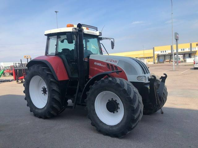 Steyr 6195 med frontlyft och front PTO, Traktorer, Lantbruk