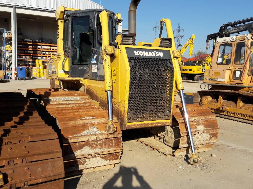 Komatsu D65PX-15, Crawler dozers, Construction Equipment
