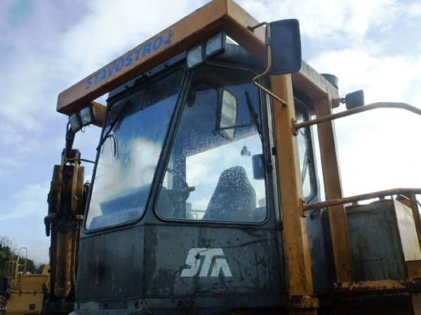 Stavostroj COM 3000, Waste compactors, Construction