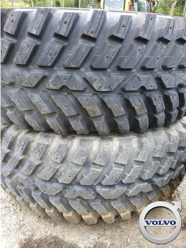 Vinterhjul New Holland T7 Nokian med pigg, Other tractor accessories, Agriculture