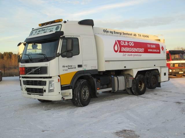 Volvo FM480, Kütuseveokid, Transport