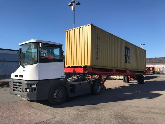MOL HYR/KÖP RM 4X4WD, Terminaltraktorer, Materialhantering