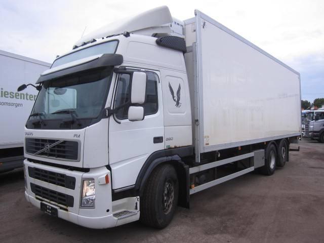 Volvo FM380 6x2, Skåpbilar Kyl/Frys/Värme, Transportfordon