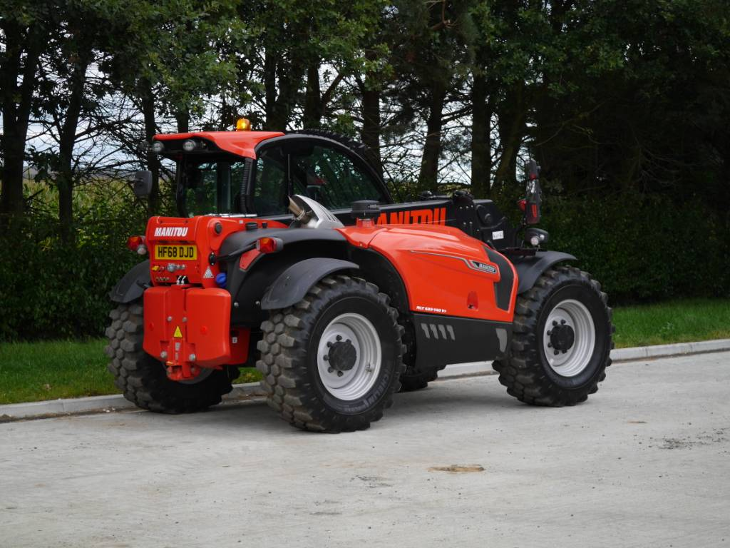 Manitou MLT 635, Telehandlers for agriculture, Agriculture