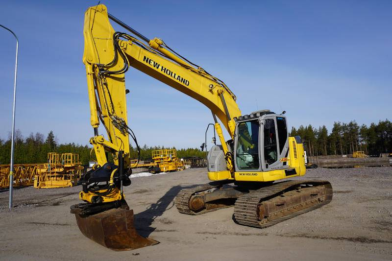 New Holland E235BSR-2, Crawler Excavators, Construction Equipment