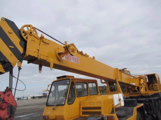 Kato NK200B, All terrain cranes, Construction