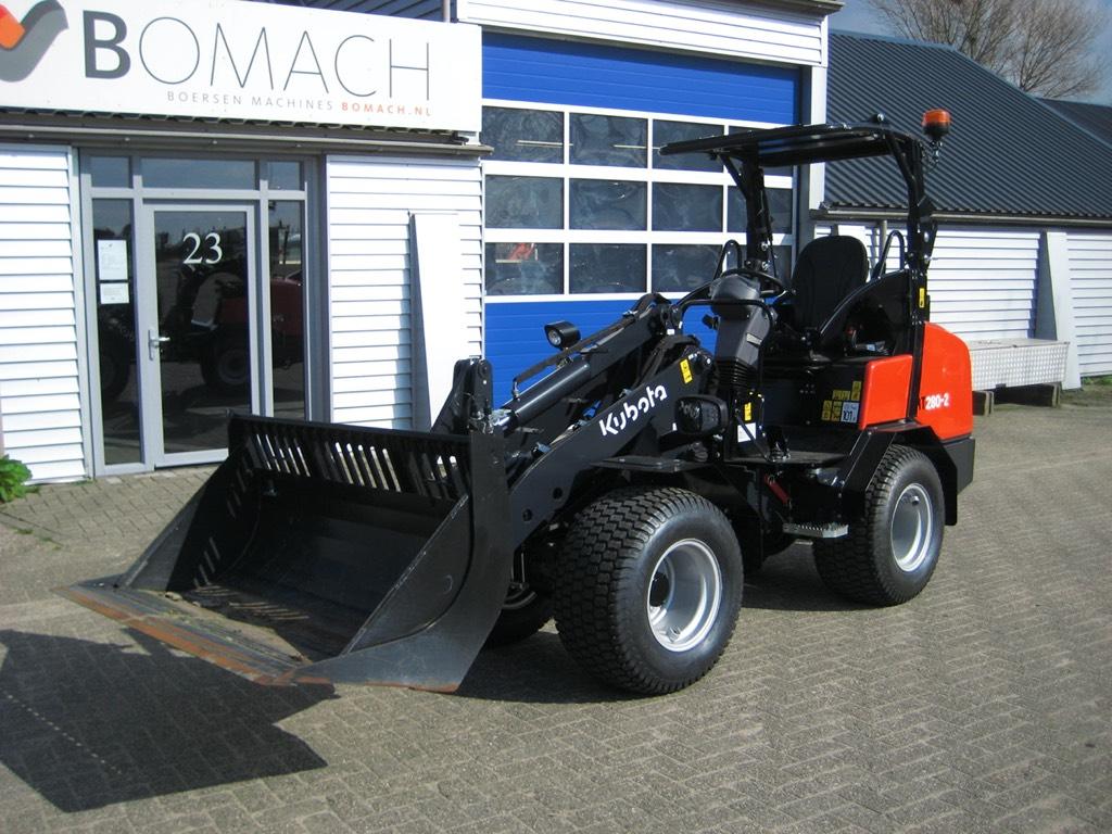 Kubota RT280-2, Wielladers, Bouw