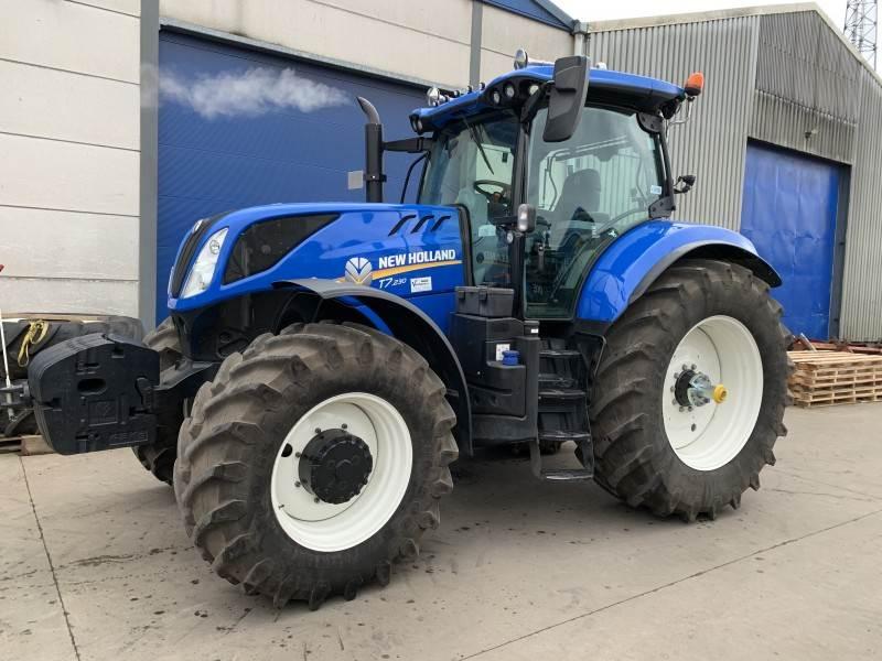 New Holland T7.230 Tier 4B (2014), Tractoren, Landbouw