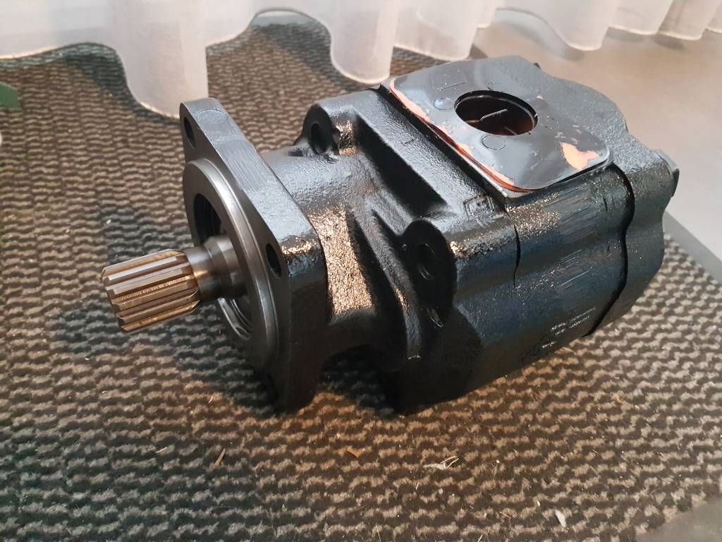 Ingersoll Rand Hydr. oil pump 35366657, Hydraulics, Construction Equipment