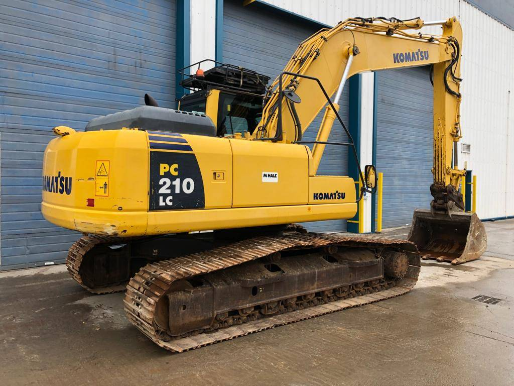 Komatsu PC210LC-8, Crawler Excavators, Construction Equipment