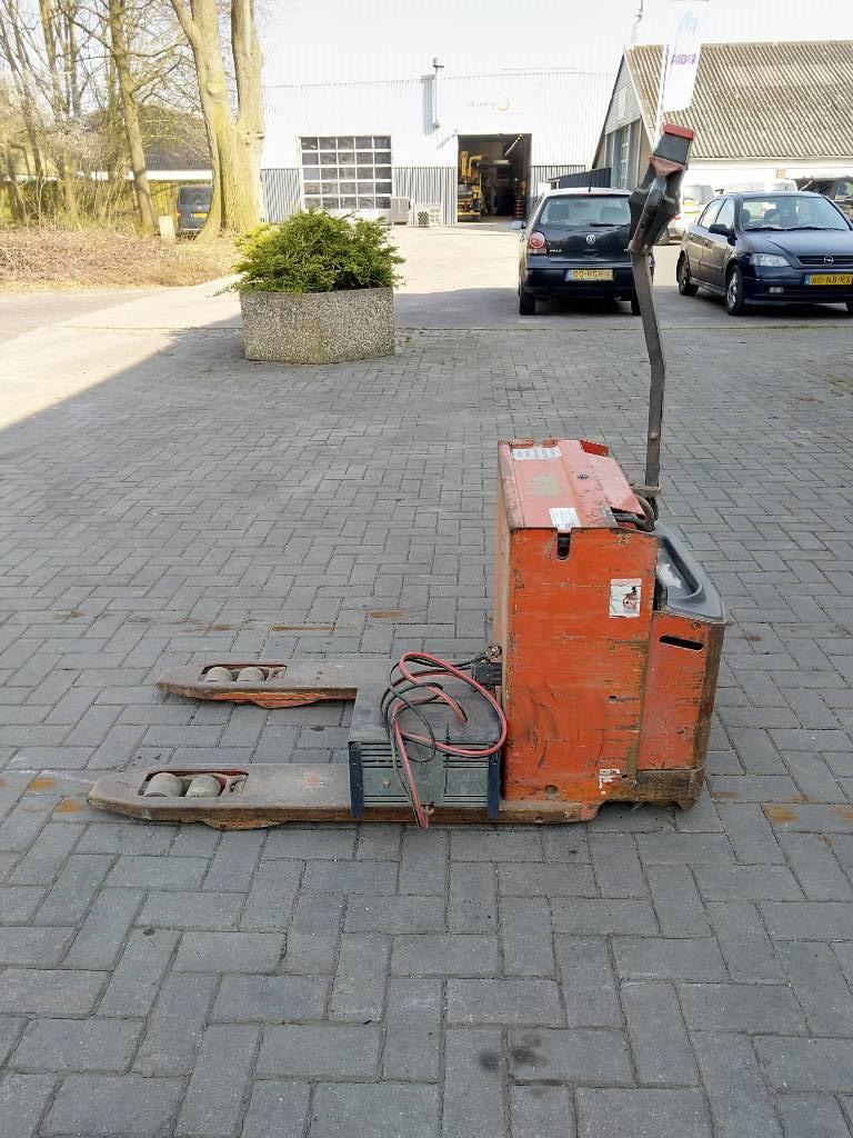 Lafis LEH 18C palletwagen, Electro-pallettrucks, Laden en lossen