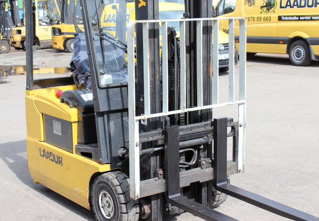 Yale ERP16ATF, Electric counterbalance Forklifts, Material Handling