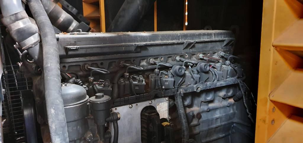 Atlas Copco XRHS 396, Compresores, Construcción