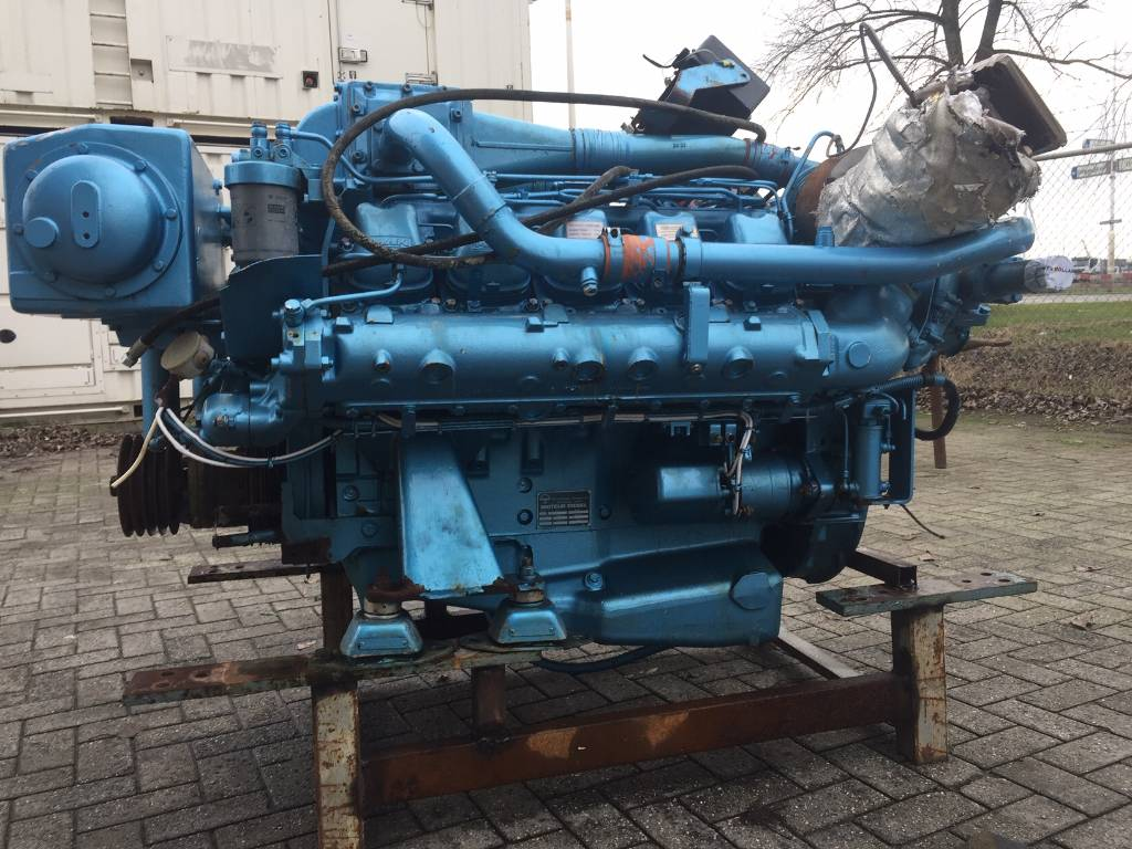 MAN - D2840 - Marine - 626 HP - DPH 106255, Transmissions, Construction
