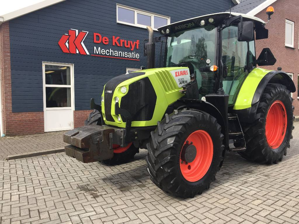 CLAAS arion 530, Tractors, Agriculture