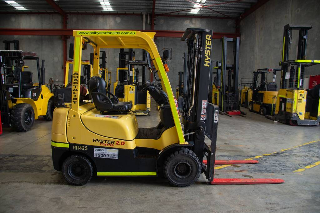Hyster H2.0TXS, LPG counterbalance Forklifts, Material Handling