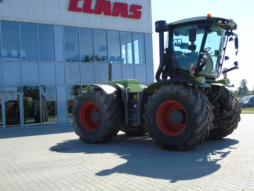 CLAAS Xerion 3300 Trac VC