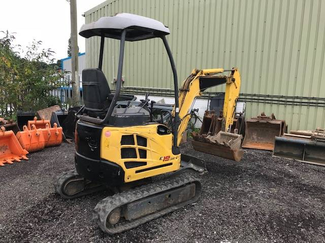 New Holland E 18 SR, Mini excavators < 7t (Mini diggers), Construction